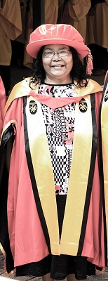 Dr Robyn Ober at her Graduation